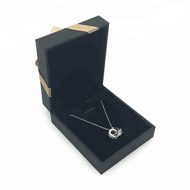 Black Luxury Paper Jewelry Gift Pendant Packing Box