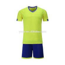 2017 nuevo jersey de fútbol niño personalizado diseño en blanco barato precio uniforme de fútbol
