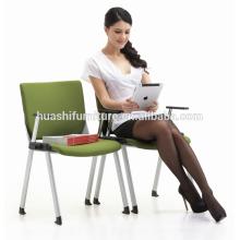 chaises empilables bon marché