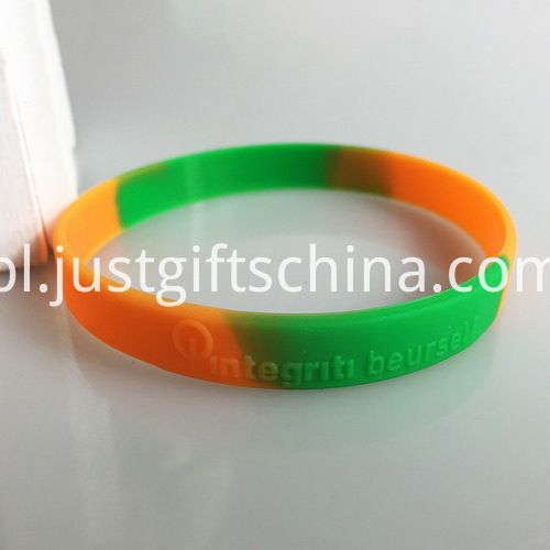 Embossed Segment Adult Silicone Bands - 202mmx12mmx2mm (2)