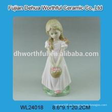 Decoración de la boda de cerámica con el diseño agradable de la muchacha
