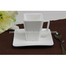 Quadratische Form Keramik Tasse und Untertasse für Kaffee
