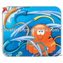 914062029-Wate rociador juguete animal pulpo