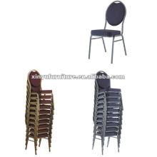 Banquete de metal silla apilable XA168