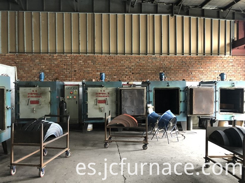 High sealing chamber tempering furnace in the use