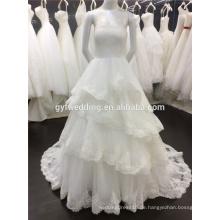 Bling Fashion trägerlosen Reich Puffy Rüschen Robe De Maree 2015 Spitze Appliqued Ballkleid Brautkleid A025