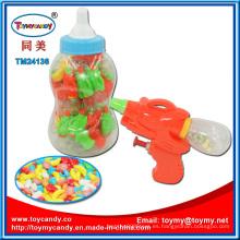 Juguete plástico del juguete del arma de agua de la botella con el caramelo