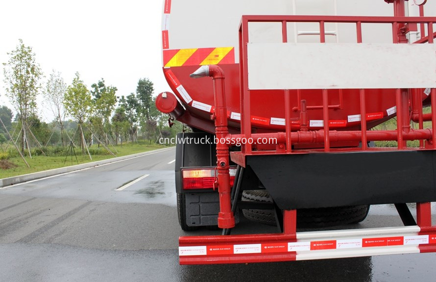 water tank truck rear