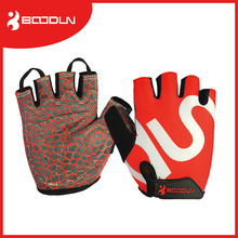 2016 Heiße verkaufende rutschfeste halbe Finger-Eignung-Sport-Handschuhe