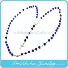 Collar de cadena de cuentas verde y negro de plástico de 8 mm con diseño más reciente religioso con diseños de cruz de Jesús de acero inoxidable TKB-N120