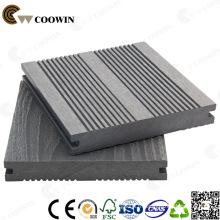 Decking composé en plastique en bois antiseptique gris, plancher en stratifié imperméable, plancher extérieur de plate-forme