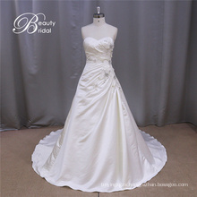 Shimmering Straight Strapless Satin Wedding Dress off Shoulder