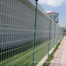 Weißer PVC-überzogener Maschendraht-Zaun