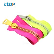 Wholesale 15# swiss teeth cloth metal zippers for handbags garments accessories zipper nylon zipper long chain