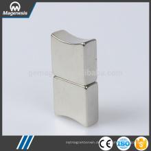 Preiswerter kundenspezifischer oberster Verkauf 1000kg dauerhafter anhebender Magnet
