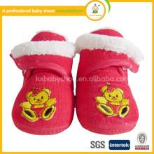 2015 Großhandel weiche alleinige Bärmuster handgemachte Neugeborene Stoff Baby Schuhe