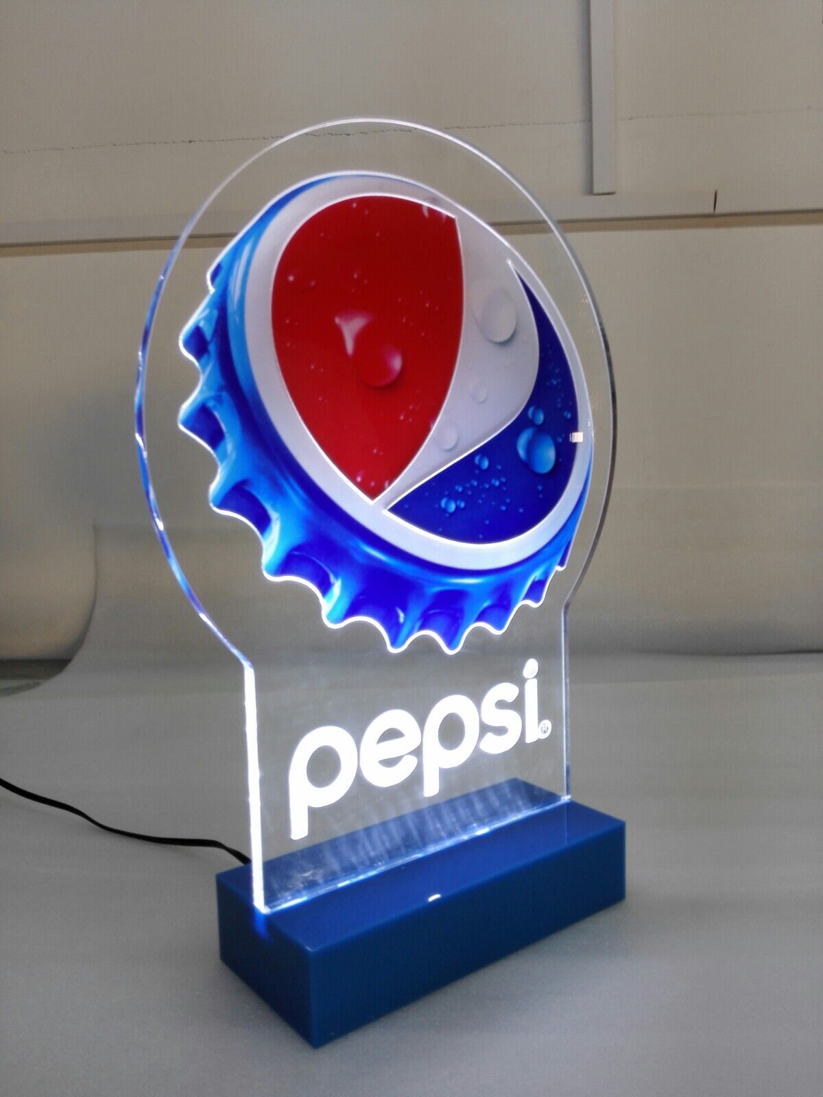 PEPSI Cap glorifier display