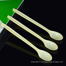 Molde plástico de la cuchara del agua de los útiles de la inyección de encargo / molde plástico disponible de la cuchara de los cubiertos de la inyección de encargo en venta