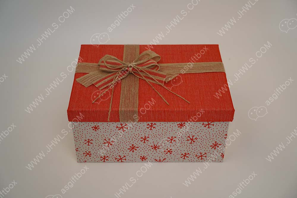 Bow tie gift box