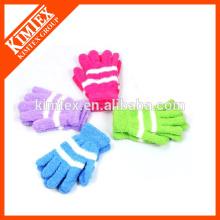 Женские фирменные трикотажные перчатки