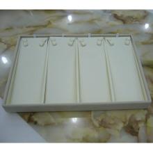 Bandeja de lujo del collar de la exhibición de la joyería de la PU del Leatherette de crema (TY-4ST-BL)