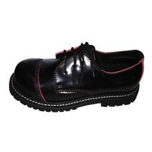 Стальные кожаные туфли