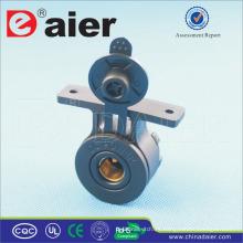 Toma de corriente de tomacorriente de mérito Daier 12V / 24V DC con soporte de montaje en superficie