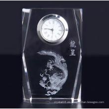 Reloj de cristal cuadrado de diseño simple con logotipo