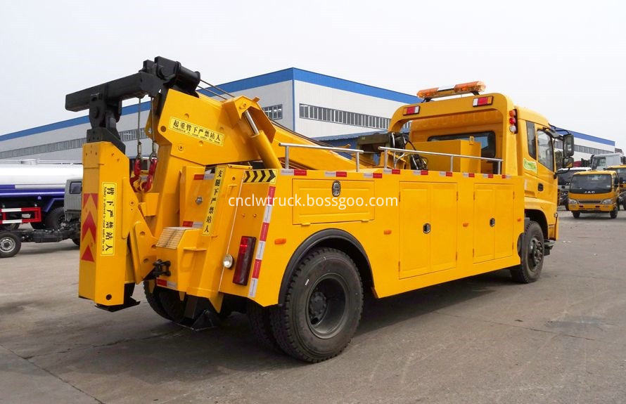 Dump Truck Towing vehicles 3