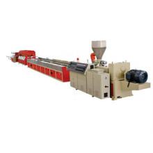 Linha de extrusão de perfis de alta qualidade PVC / PE WPC