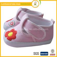 2015 wholesle Organic Cotton handgefertigte Stickerei Stoff Baby Schuhe im Winter