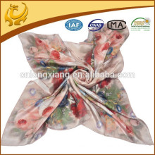 Latest Arrival Fashion Design Pure Flower Square Soie 100% lenços de seda
