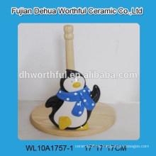 Titular de papel de cerámica de diseño de animales de promoción con forma de pingüino