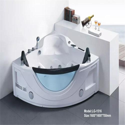 bathtub jacuzzi