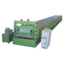 platelage composite formant la machine