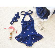 Blaue kleine Mädchen-Art- und Weisebikini-Badebekleidung