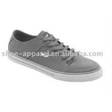 skate shoes for functionary with canvas