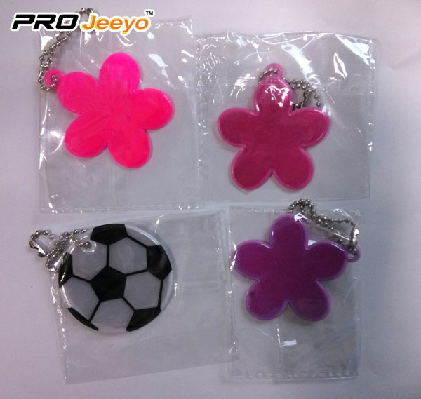 Reflective Leather Football Green Keychain Rv 212 4