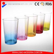 Прозрачное питьевое стекло Кубок и фрукты