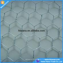 Malla de alambre galvanizada barata del pollo / acoplamiento de red galvanizado hexagonal de la malla de alambre del pollo