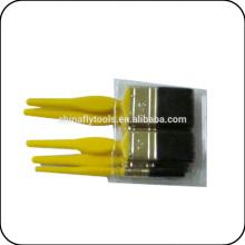 china yellow plastic handle paint brush