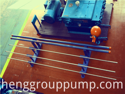 Hydraulic reciprocating plunger pump