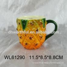 Taza de cerámica de la piña del diseño único al por mayor en alta calidad