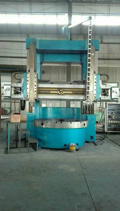 Double column vertical turret lathe