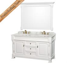 Старинный шкаф для ванной комнаты с зеркалом