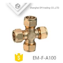 EM-F-A100 Rosca macho de latón con forma de cruz en forma de tubo de compresión