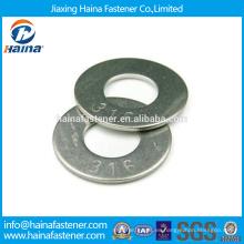 En existencia Proveedor Chino Mejor Precio DIN 125 Acero al carbono / Acero inoxidable Zinc plateado Lavadora plana