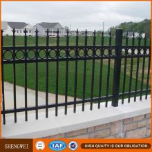 Cercas y puertas metálicas de acero de bajo contenido en carbono