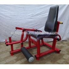 Тренажерный зал / фитнес-оборудование/ плиты, загруженной разгибание ног