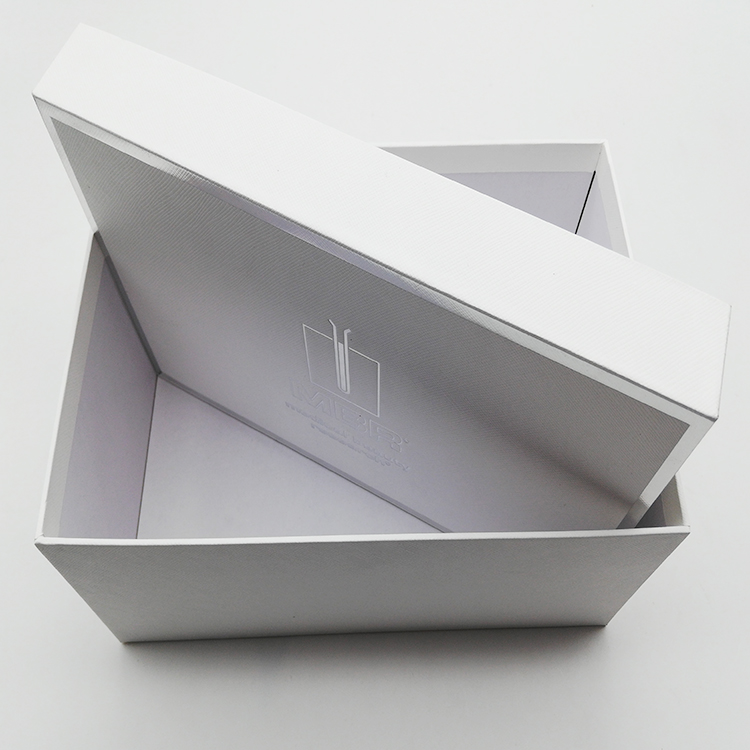Silver Stamping Square Cosmetic Box